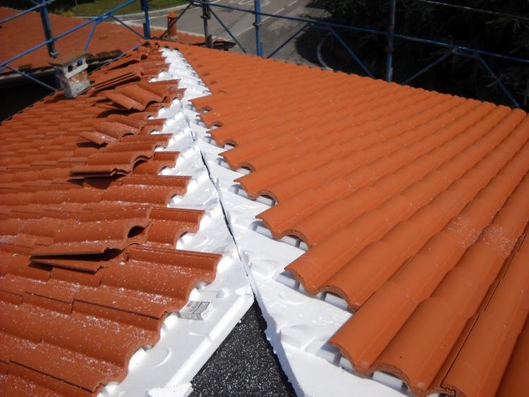 Tegole e lucernari edilvibro for Lucernari per tetti in legno