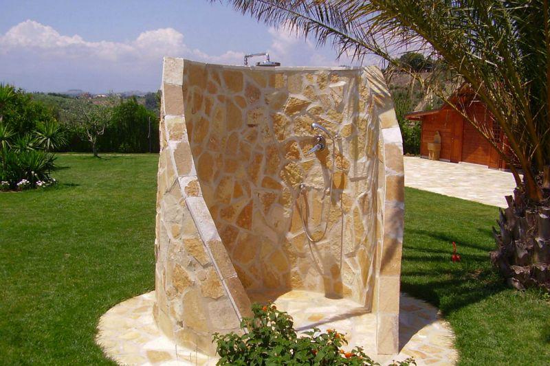 Foto edilvibro - Cabina doccia esterna ...